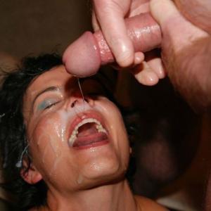 Zeeuws meisje zoekt Bukakke sperma gangbang