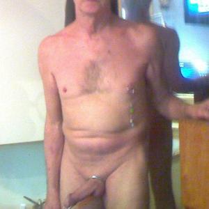 oudere man zoekt meisje(18+)/vrouw voor sexdate.